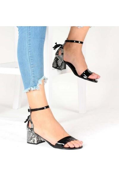 Mosimoso Siyah Rugan Yılan Desenli Bilek Bağlı Kadın Ayakkabı