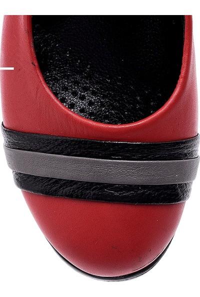Girl Boss New York Kırmızı Deri Hostes Ayakkabısı