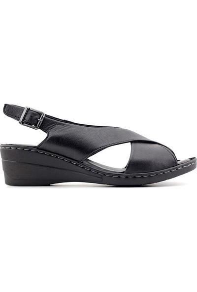 Iz 405 Hakiki Deri Kadın Sandalet