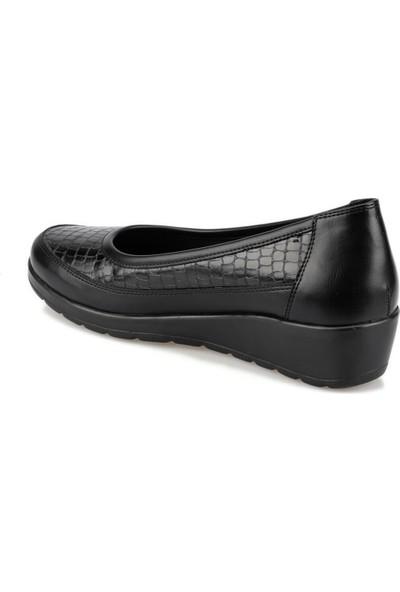 Polaris 92.101014.Z Siyah Kadın Dolgu Topuk Ayakkabı