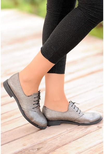 Pembe Potin Platin Baskı Kadın Ayakkabı