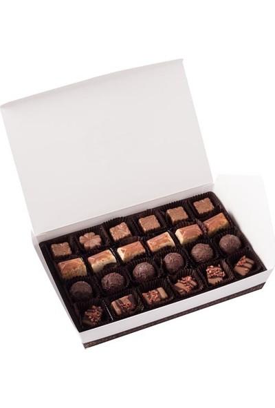 Şekerci Cafer Erol Spesiyal 24'Lü Beyaz Kutu Çikolata