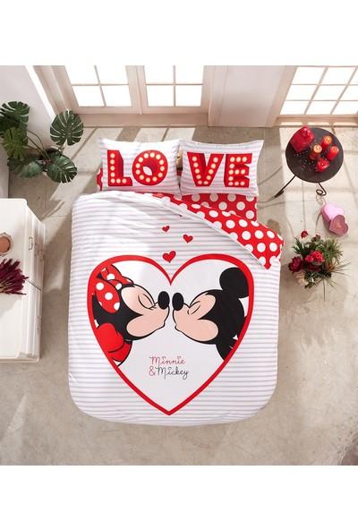Disney Minnie Mickey Love Lisanslı Çift Kişilik Nevresim Takımı
