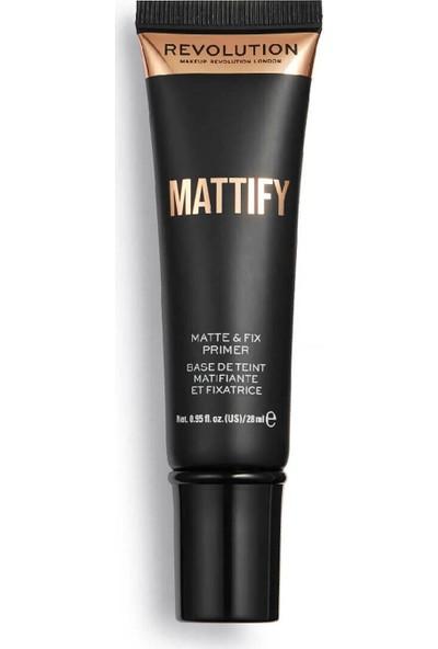 Revolution Matte & Fix Matlaştirici Makyaj Bazı