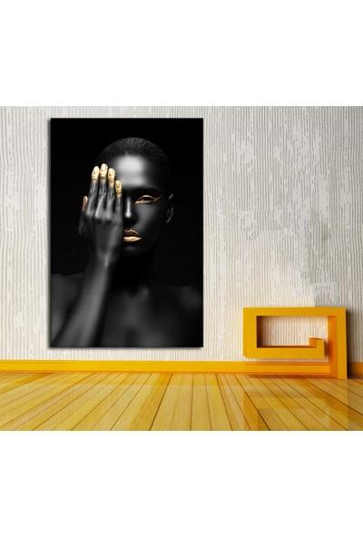 Sibiro Afrikalı Kadın Tek Gözü Kapalı Kanvas Tablo zk12