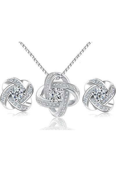 Avantajewellery Zirkon Taşlı Gümüş 4 Kollu Şans Kolye - Küpe Seti - Sevgiliye Hediye - Özel Kutusunda Gönderim