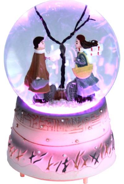 Hediye Biziz Kış Masalı Müzikli ve Işıklı Kar Küresi Orta Boy Pembe