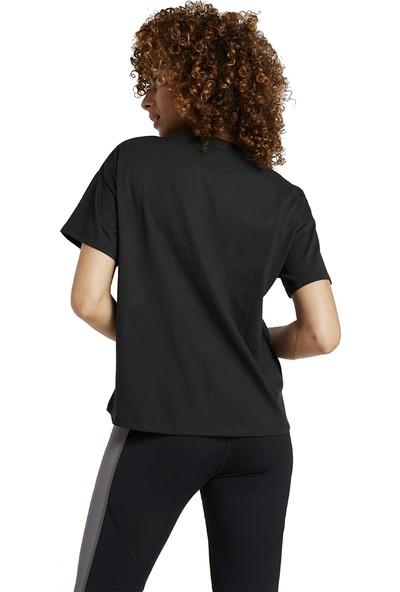 Asics 2032A984-001 Big Logo Kadın Tişört