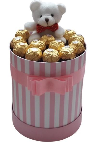 GiftiGifti Tasarım Kutuda Enfes Çikolatalar ve Sevimli Ayıcık 150 gr