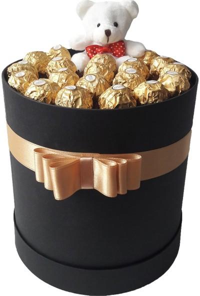 GiftiGifti Large Tasarım Kutuda Enfes Çikolatalar 230 gr ve Sevimli Ayıcık
