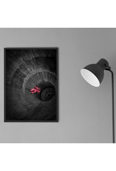 Polnight Blackhole Çerçeveli Poster