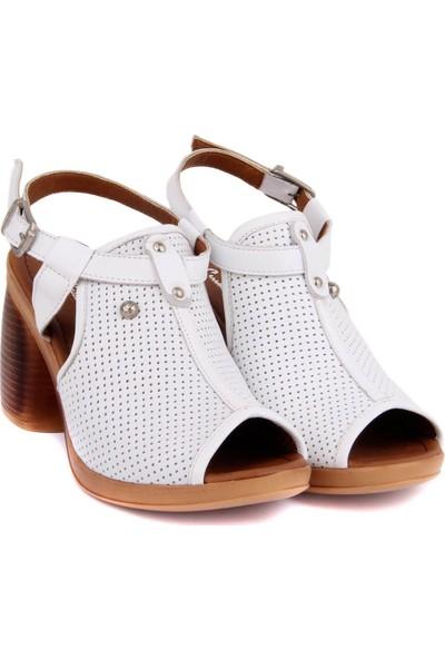 Pierre Cardin Beyaz Deri Kadın Sandalet