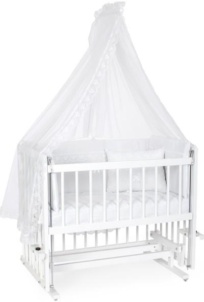 Heyner Ahşap Lake Beyaz Renk 50 x 90 Kademeli cm Anne Yanı Beşik Sallanan Ahşap Beşik - Beyaz Güpürlü Uyku Setli & Soft Ortopedik Yataklı