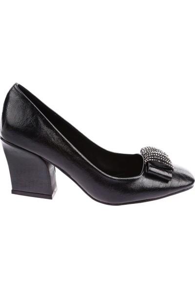 Dgn 6862 Kadın Küt Burun Silver Taşlı Kurdelalı Topuklu Ayakkabı