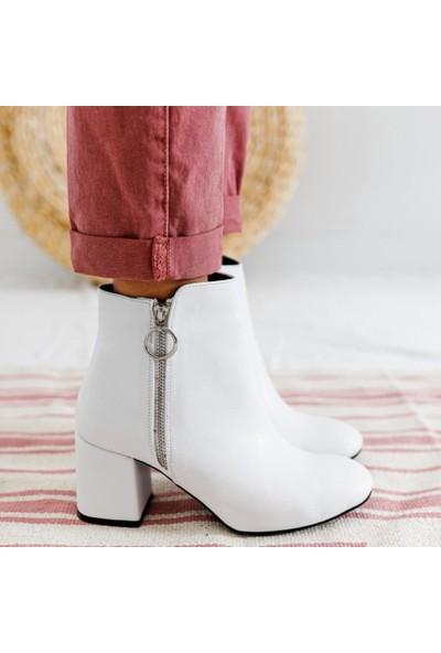 Limoya Carrie Beyaz Sivri Burunlu Bootie Kalın Topuklu