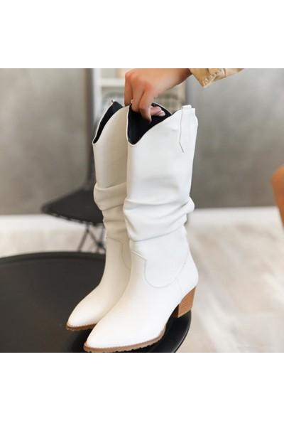 Limoya Kinslee Beyaz Deri Sivri Burun Körüklü Çizme