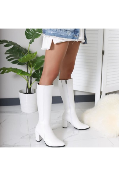 Limoya Tatum Beyaz Sivri Burunlu Orta Topuklu Çizme