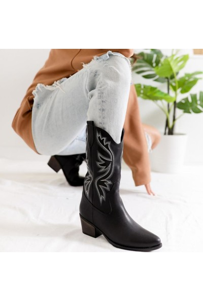 Limoya Caroline Siyah Deri Nakışlı Alçak Topuklu Western Çizme