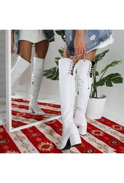 Limoya Serena Beyaz Bağcık Detaylı Alçak Kare Topuklu Çizme