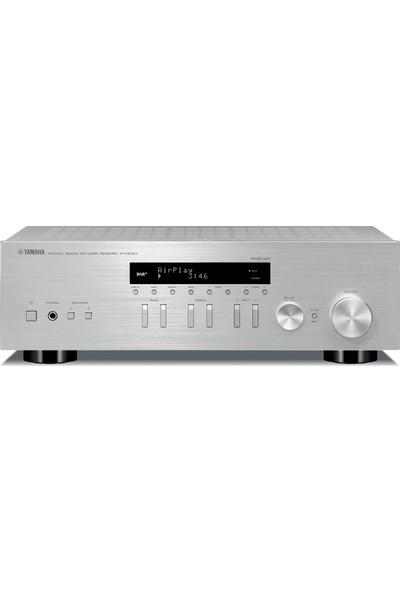 Yamaha R-N 303D Receiver - Silver