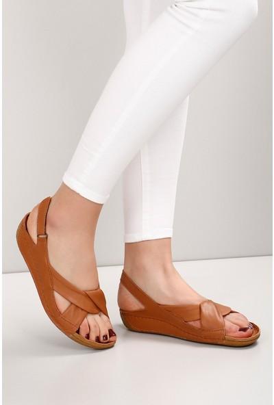 Gön Deri Kadın Sandalet 42304