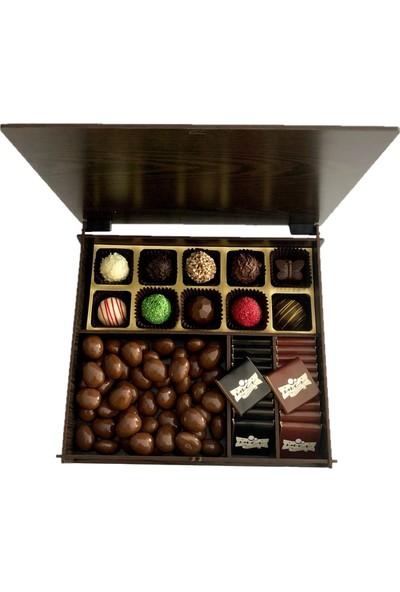 İnci Çikolata Kişiye Özel Ahşap (Ceviz) Kutulu ve Çantalı Çikolata 140 gr