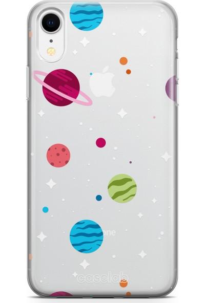 """Caselab Apple iPhone XR """"Spaced Planets"""" Tasarımlı Şeffaf Kılıf"""