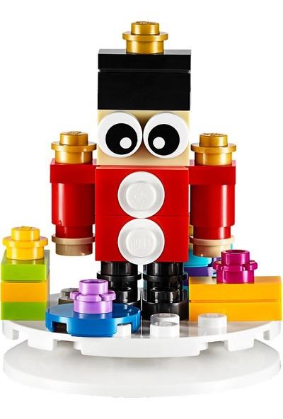 LEGO Seasonal 853907 Oyuncak Asker-Yılbaşı Ağacı Süsü