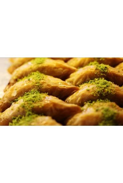 Hüseyinoğlu Baklava-Börek Antep Fıstıklı Şöbiyet 1 kg