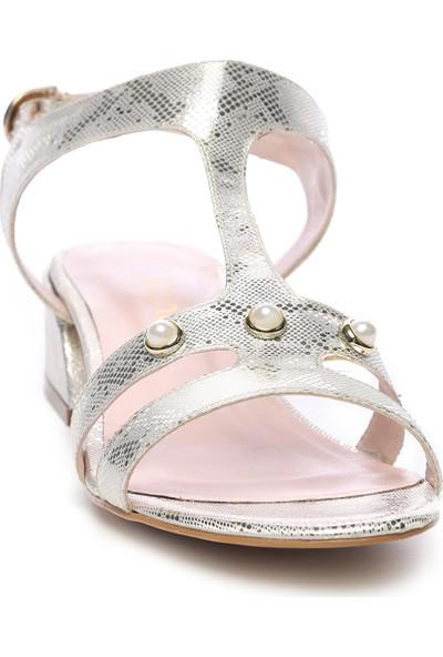 Kemal Tanca Kadın Ayakkabı 652 1871-1 Bn Ayk