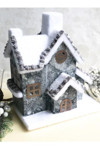 Hens Yılbaşı Temalı Işıklı Ev