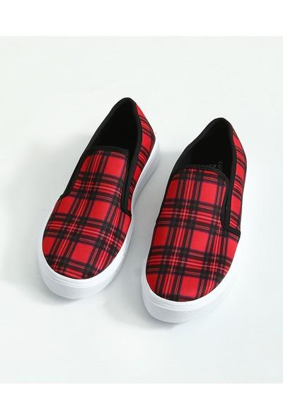 Collezione Kadın Kırmızı Regular Ayakkabi Driwas