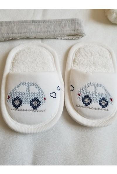 Gaye Bebe 4 Parça Kanaviçeli Erkek Bebek Bornoz Takımı