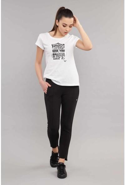 Bilcee Beyaz Pamuklu Kadın Tişört ES-3613