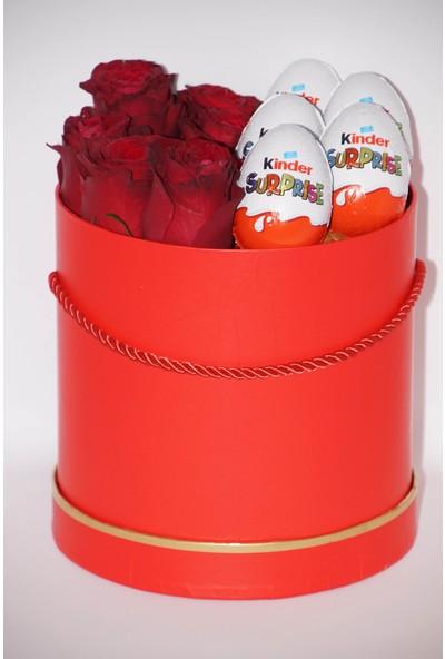 Filika Store Kırmızı Silindir Büyük Kutuda Gül ve Kinder Çikolata