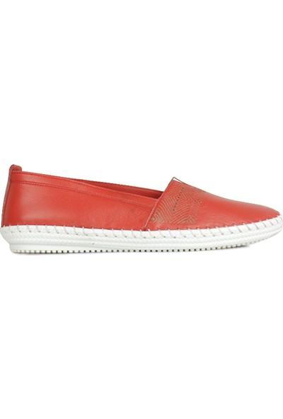 Erkan Kaban 625043 524 Kadın Kırmızı Deri Günlük Ayakkabı