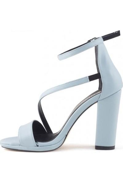 Konilya Fabia Bebe Mavisi Cilt Bilekten Kemerli Topuklu Bayan Ayakkabı