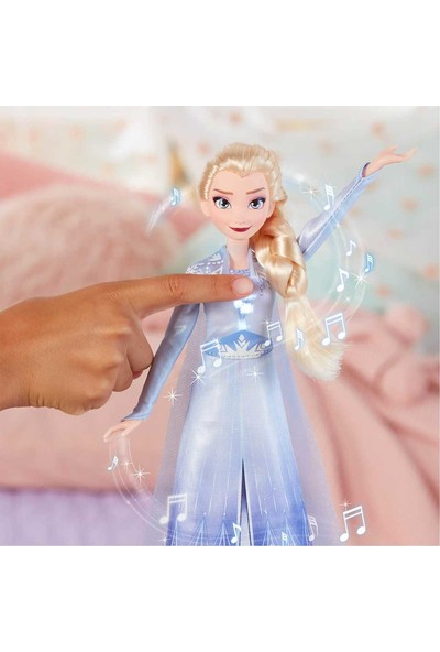 Frozen 2 Şarkı Söyleyen Elsa