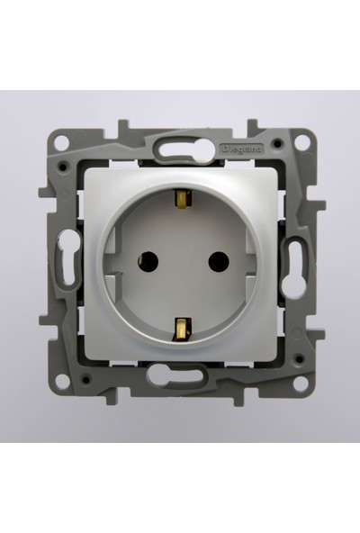Legrand Salbei Serisi Alüminyum Topraklı Priz 230V 16A Çerçevesiz