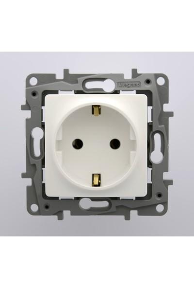 Legrand Salbei Serisi Beyaz Topraklı Priz 230V 16A Çerçevesiz