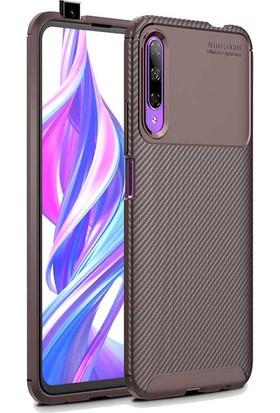 Tekno Grup Huawei P Smart Pro 2019 Kılıf Karbon Desenli Lux Negro Silikon + Nano Ekran Koruyucu Kahverengi