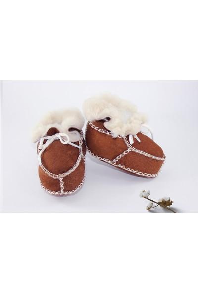 Pialetti Doğal Kuzu Derisi Bebek Patiği Bağcıklı Panduf- 18 (0-6 Ay)