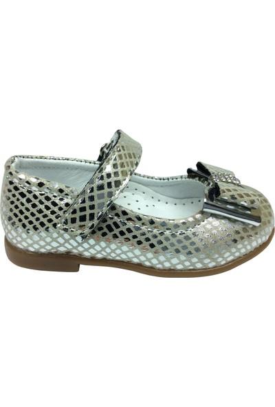 Ortaç İlk Adım Gümüş Crocodil Rugan Katlı Taşlı Fiyonk Kız Çocuk Babet Ayakkabı Abiye Fantazi Düğün