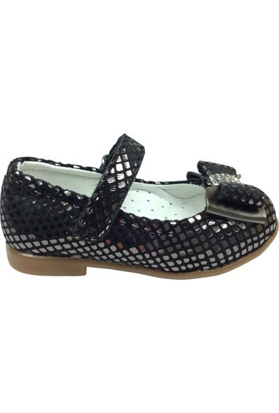 Ortaç İlk Adım Siyaha Gümüş Crocodil Rugan Katlı Taşlı Fiyonk Kız Çocuk Babet Ayakkabı Abiye Fantazi Düğün