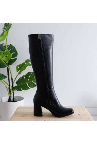 Limoya Stacey Siyah Deri Küt Burunlu Dizaltı Çizme