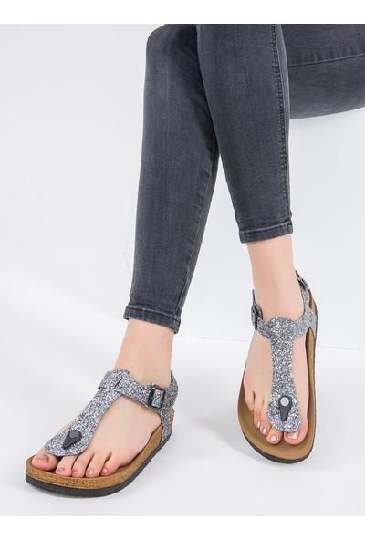 Fox Shoes Platin Kadın Sandalet B777805022
