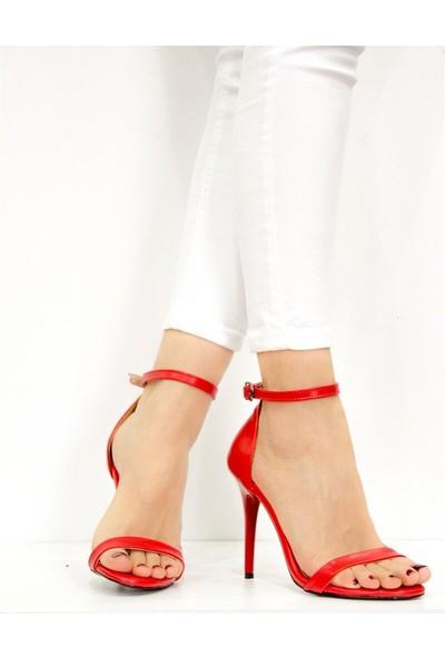 Fox Shoes Kırmızı Kadın Topuklu Ayakkabı B922112609