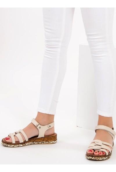 Fox Shoes Bej Kadın Sandalet F288091109