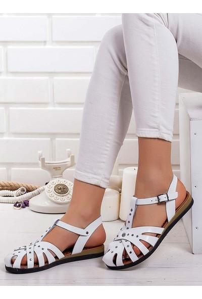 Ayakkabı Frekansı Sandalet