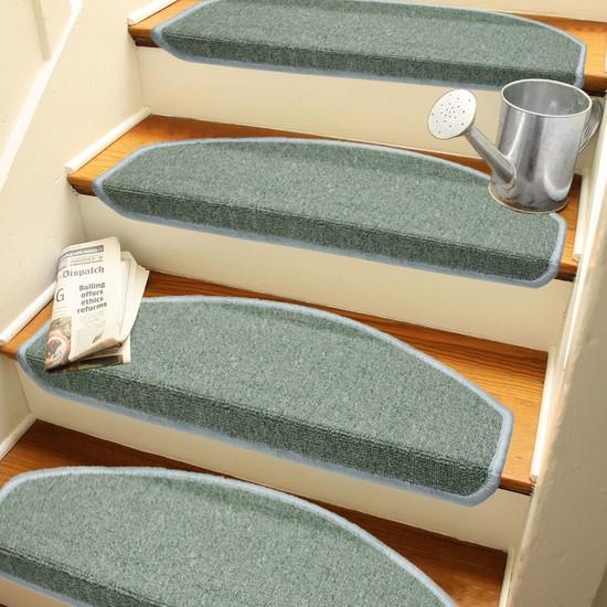 Stepmat Açık Yeşil Kendinden Yapışkanlı Merdiven Basamak Paspası Halısı